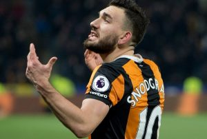 Robert Snodgrass of Hull City gees up the crowd during the EFL Cup match at the KCOM Stadium, Hull Picture by Russell Hart/Focus Images Ltd 07791 688 420 29/11/2016